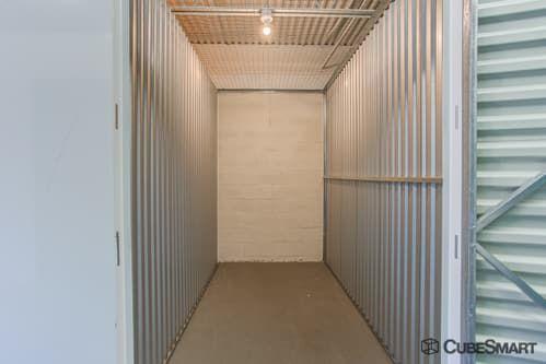 CubeSmart Self Storage - Stuart 550 SE Harper St Stuart, FL - Photo 5