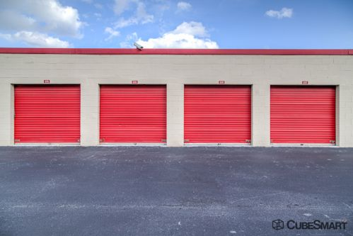 CubeSmart Self Storage - Pembroke Pines - 10755 Pembroke Rd 10755 Pembroke Rd Pembroke Pines, FL - Photo 6