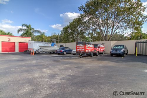 CubeSmart Self Storage - Pembroke Pines - 10755 Pembroke Rd 10755 Pembroke Rd Pembroke Pines, FL - Photo 7