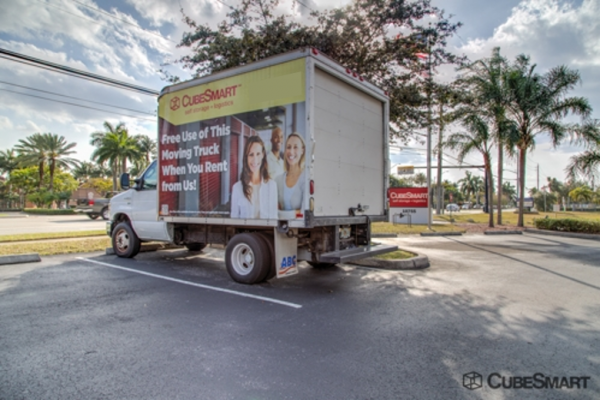 CubeSmart Self Storage - Pembroke Pines - 10755 Pembroke Rd 10755 Pembroke Rd Pembroke Pines, FL - Photo 8