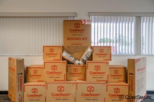 CubeSmart Self Storage - Pembroke Pines - 10755 Pembroke Rd 10755 Pembroke Rd Pembroke Pines, FL - Photo 2