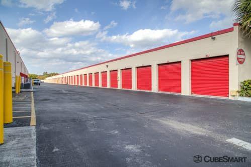CubeSmart Self Storage - Pembroke Pines - 10755 Pembroke Rd 10755 Pembroke Rd Pembroke Pines, FL - Photo 5