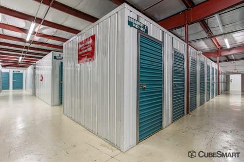 CubeSmart Self Storage - West Palm Beach - 4200 Forest Hill Blvd 4200 Forest Hill Blvd Palm Springs, FL - Photo 4