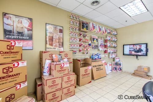 CubeSmart Self Storage - Bellwood 2801 Harrison Street Bellwood, IL - Photo 2