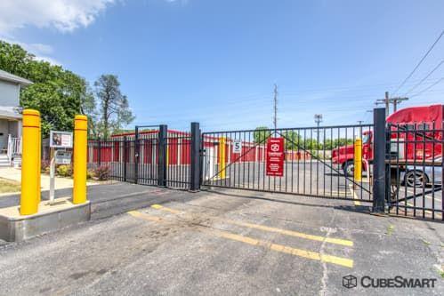 CubeSmart Self Storage - Bellwood 2801 Harrison Street Bellwood, IL - Photo 3