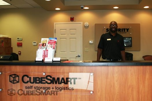 CubeSmart Self Storage - Camp Springs 6104 Allentown Road Camp Springs, MD - Photo 3