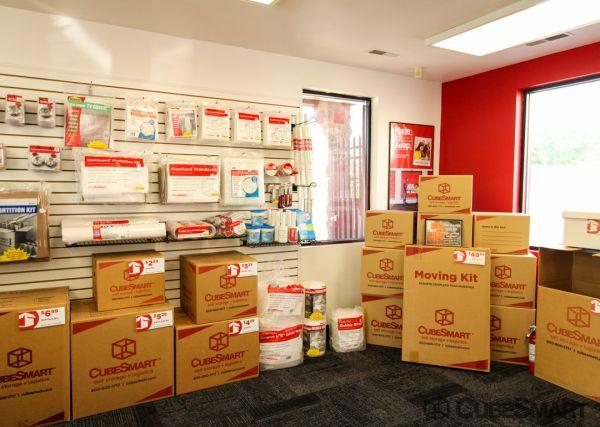CubeSmart Self Storage - Gaithersburg - 8001 Snouffer School Rd 8001 Snouffer School Rd Gaithersburg, MD - Photo 2