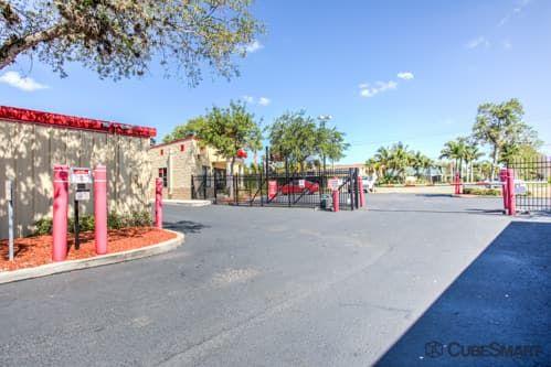 CubeSmart Self Storage - Bradenton - 6915 Manatee Ave West 6915 Manatee Ave W Bradenton, FL - Photo 3