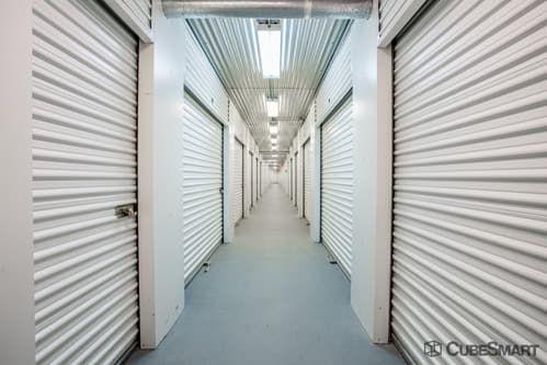 CubeSmart Self Storage - Aurora - 3606 Gabrielle Lane 3606 Gabrielle Lane Aurora, IL - Photo 3