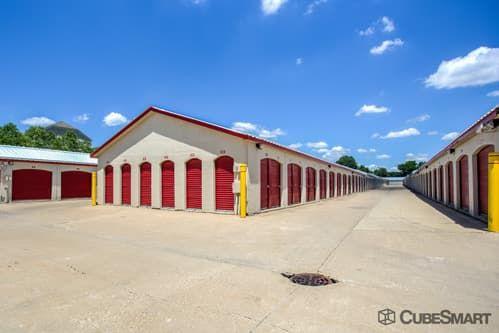 CubeSmart Self Storage - Aurora - 3606 Gabrielle Lane 3606 Gabrielle Lane Aurora, IL - Photo 8