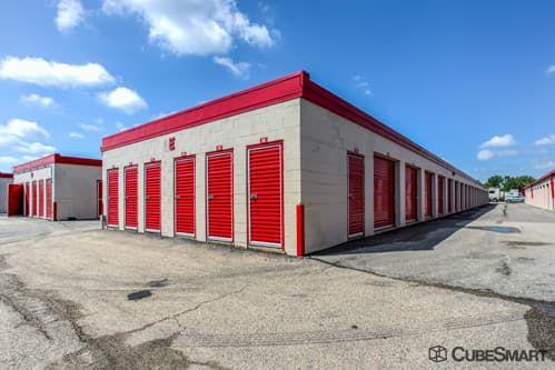 CubeSmart Self Storage - Des Plaines 1950 S. Mt Prospect Road Des Plaines, IL - Photo 5