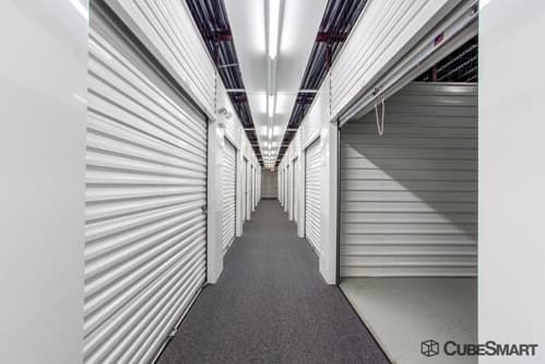 CubeSmart Self Storage - Glenview - 1718 Waukegan Road 1718 Waukegan Road Glenview, IL - Photo 5