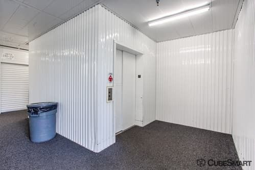 CubeSmart Self Storage - Glenview - 1718 Waukegan Road 1718 Waukegan Road Glenview, IL - Photo 6