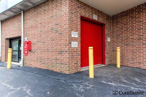 CubeSmart Self Storage - Glenview - 1718 Waukegan Road 1718 Waukegan Road Glenview, IL - Photo 9