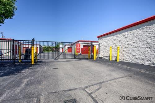 CubeSmart Self Storage - Gurnee 3501 Washington Street Gurnee, IL - Photo 5
