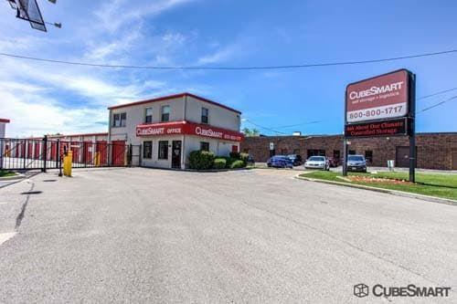 CubeSmart Self Storage - Mount Prospect 1551 W. Algonquin Road Mount Prospect, IL - Photo 0