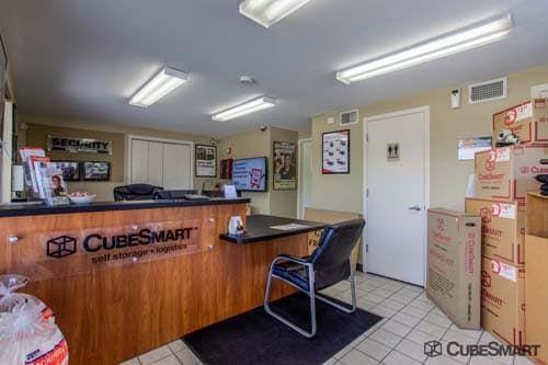 CubeSmart Self Storage - Mount Prospect 1551 W. Algonquin Road Mount Prospect, IL - Photo 2