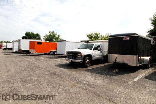 ... CubeSmart Self Storage - Mundelein1080 S. Butterfield Road - Mundelein IL - Photo 6 ... & CubeSmart Self Storage - Mundelein: Lowest Rates - SelfStorage.com
