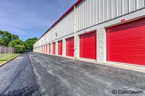 CubeSmart Self Storage - Schaumburg 1730 W. Irving Park Road Schaumburg, IL - Photo 9