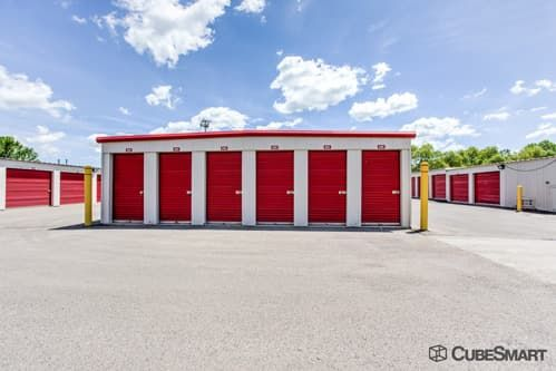 CubeSmart Self Storage - Streamwood 1089 East Avenue Streamwood, IL - Photo 4