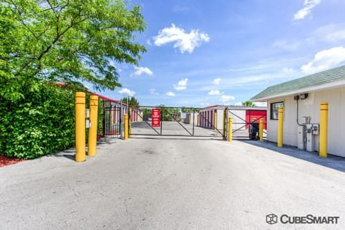 CubeSmart Self Storage - Streamwood 1089 East Avenue Streamwood, IL - Photo 6