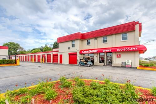 CubeSmart Self Storage - Waukegan 665 South Greenbay Road Waukegan, IL - Photo 0