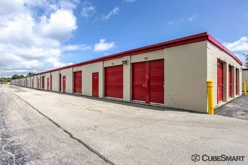CubeSmart Self Storage - West Chicago 27W125 North Avenue West Chicago, IL - Photo 3