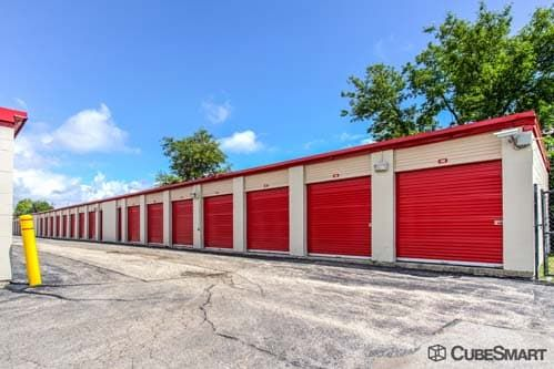 CubeSmart Self Storage - West Chicago 27W125 North Avenue West Chicago, IL - Photo 4