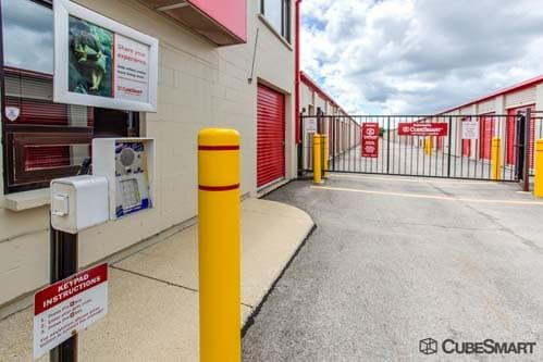 CubeSmart Self Storage - West Chicago 27W125 North Avenue West Chicago, IL - Photo 5