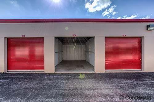CubeSmart Self Storage - Westmont 143 West 61St Street Westmont, IL - Photo 5