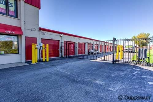 CubeSmart Self Storage - Wheeling - 1004 S. Milwaukee Avenue 1004 S Milwaukee Ave Wheeling, IL - Photo 6