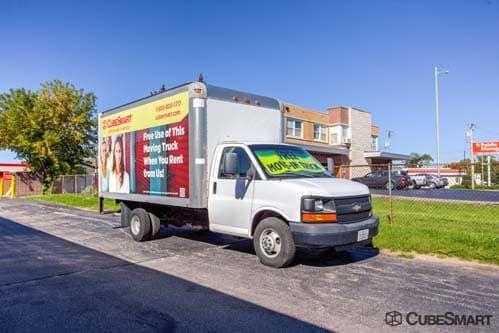 CubeSmart Self Storage - Wheeling - 1004 S. Milwaukee Avenue 1004 S Milwaukee Ave Wheeling, IL - Photo 7