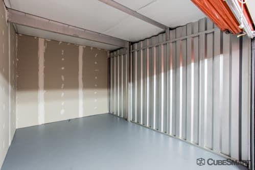 CubeSmart Self Storage - Lutz - 14902 North 12th Street 14902 North 12Th Street Lutz, FL - Photo 3