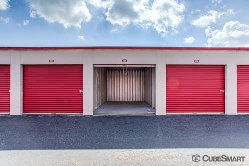 CubeSmart Self Storage - Lutz - 14902 North 12th Street 14902 North 12Th Street Lutz, FL - Photo 7