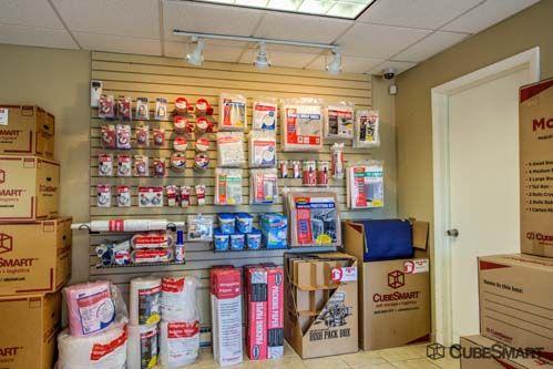 CubeSmart Self Storage - Old Saybrook - 167-3 Elm Street 167-3 Elm Street Old Saybrook, CT - Photo 2