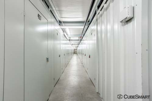 CubeSmart Self Storage - Bristol 201 Lake Avenue Bristol, CT - Photo 4