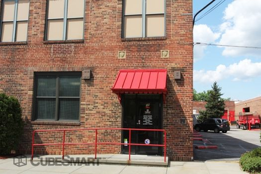 CubeSmart Self Storage - New Rochelle - 35 Winthrop Ave 35 Winthrop Ave New Rochelle, NY - Photo 1