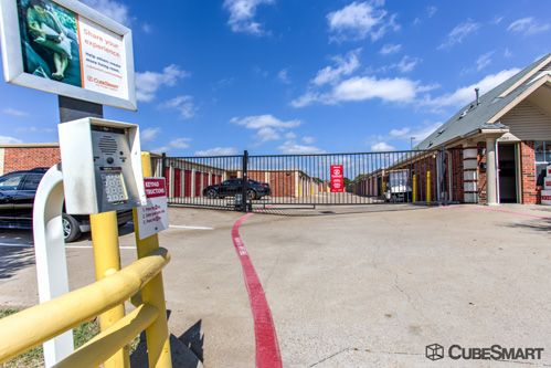 CubeSmart Self Storage - Frisco - 8680 Stonebrook Pkwy 8680 Stonebrook Pkwy Frisco, TX - Photo 11