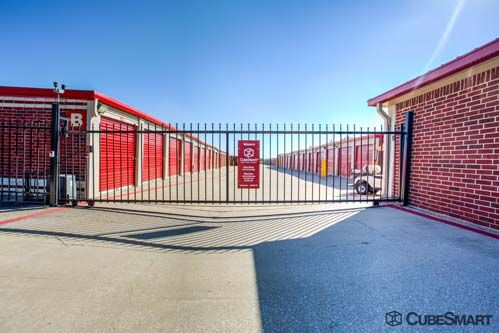 CubeSmart Self Storage - Frisco - 10121 Warren Parkway 10121 Warren Parkway Frisco, TX - Photo 6