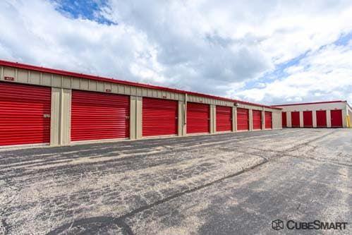 CubeSmart Self Storage - Warrenville 30W330 Butterfield Rd Warrenville, IL - Photo 3