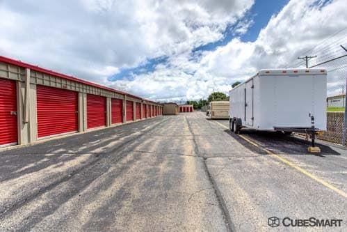 CubeSmart Self Storage - Warrenville 30W330 Butterfield Rd Warrenville, IL - Photo 6