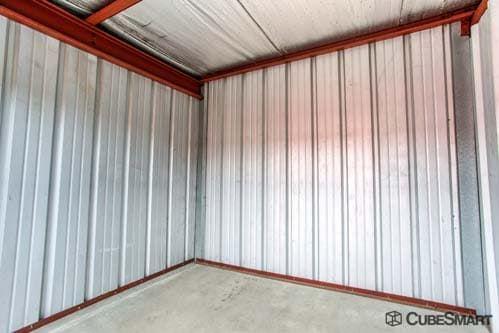 CubeSmart Self Storage - Warrenville 30W330 Butterfield Rd Warrenville, IL - Photo 7