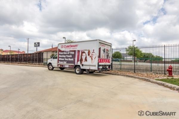 CubeSmart Self Storage - San Antonio - 838 N Loop 1604 E 838 N Loop 1604 E San Antonio, TX - Photo 9
