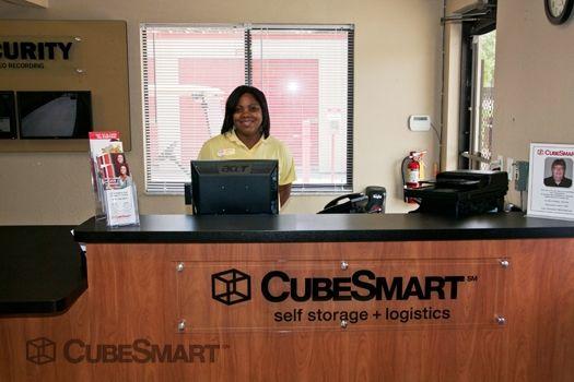 CubeSmart Self Storage - Oviedo - 3651 Alafaya Tr. 3651 Alafaya Tr. Oviedo, FL - Photo 3
