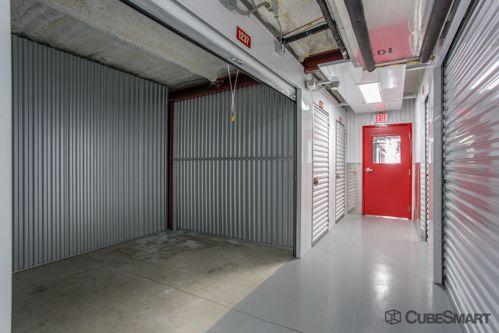 CubeSmart Self Storage - Orlando - 4554 E Hoffner Ave 4554 E Hoffner Ave Orlando, FL - Photo 4