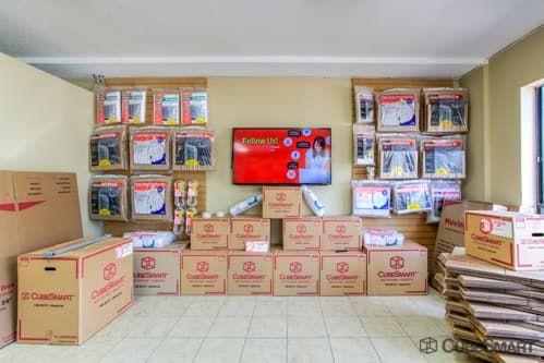 CubeSmart Self Storage - Orlando - 4554 E Hoffner Ave 4554 Hoffner Ave Orlando, FL - Photo 2