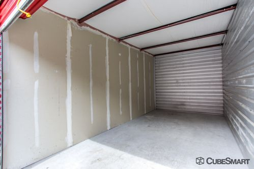 CubeSmart Self Storage - Tampa - 4309 Ehrlich Rd 4309 Ehrlich Rd Tampa, FL - Photo 5