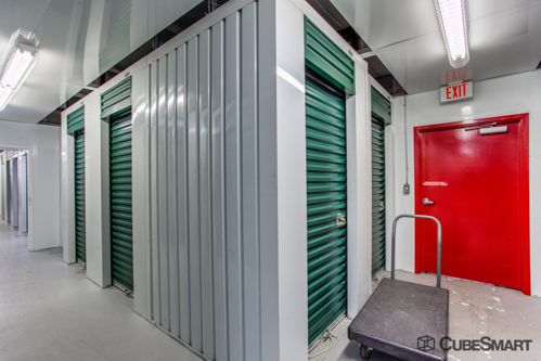 CubeSmart Self Storage - Tampa - 4309 Ehrlich Rd 4309 Ehrlich Rd Tampa, FL - Photo 7
