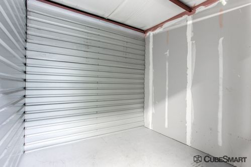 CubeSmart Self Storage - Tampa - 4309 Ehrlich Rd 4309 Ehrlich Rd Tampa, FL - Photo 8