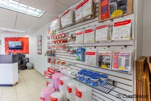 CubeSmart Self Storage - Tampa - 4309 Ehrlich Rd 4309 Ehrlich Rd Tampa, FL - Photo 2